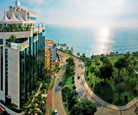 Mira Flores Park Hotel